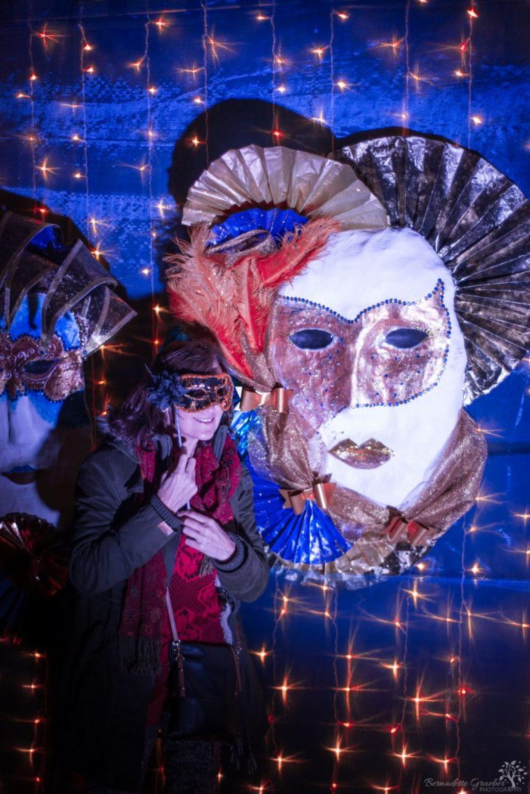 christmas-masquerade-at-petworth-q