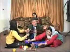 Şanoya Bavê Teyar temaşe bike... Kürtçe tiyatro izle