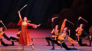 Aram Haçaturyan'ın Gayaneh Balesi ve Kürtlerin Kılıç Dansı