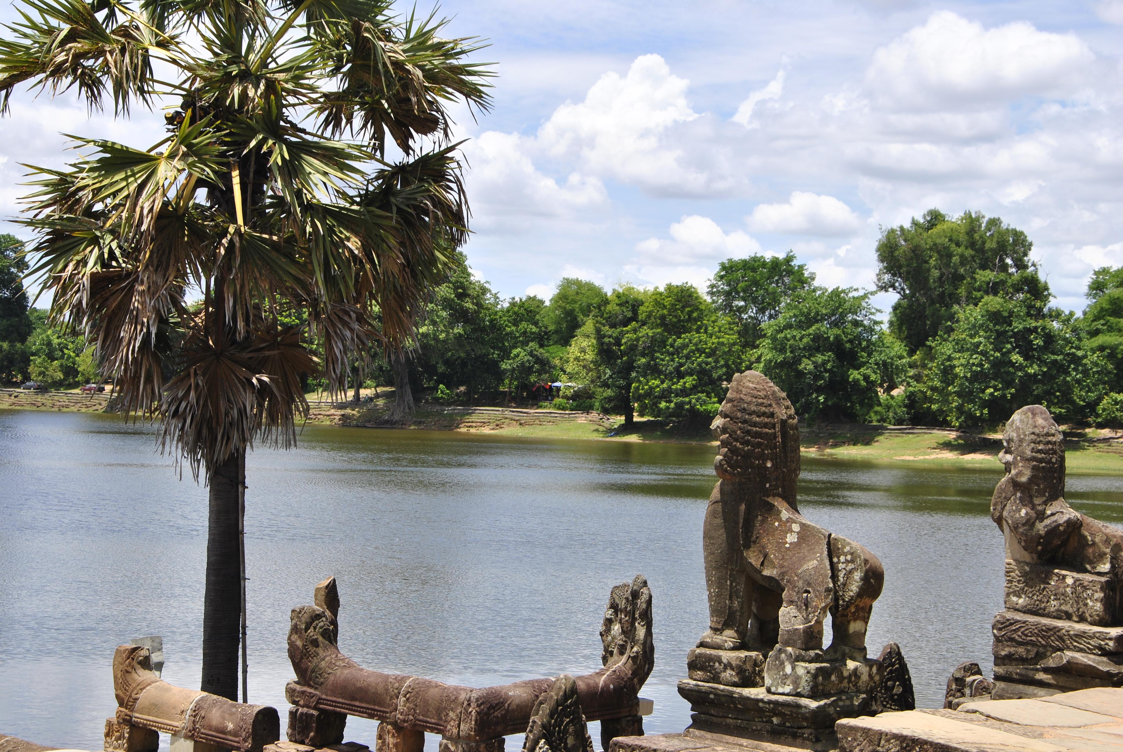 Tops-Flops Cambodge