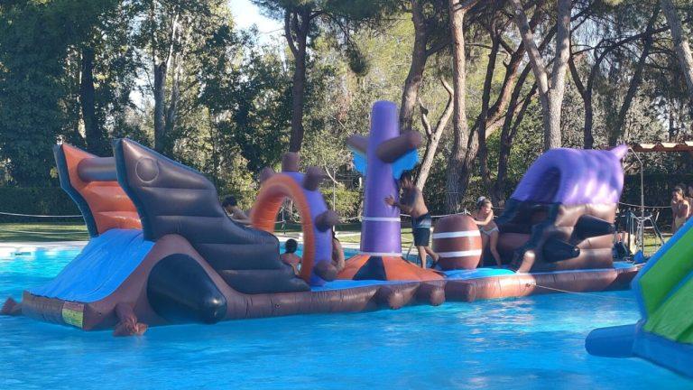 Atracciones acuáticas Fiesta cierre temporada piscina 2021