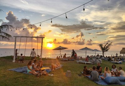 Sunset Drink at The Lawn Canggu – Berry Amour Villas ...
