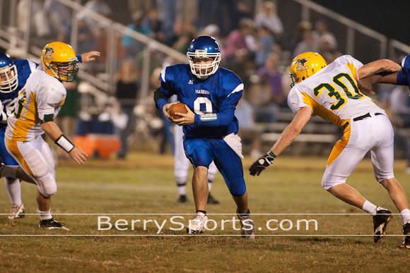 Quarterback Dustin Kirby