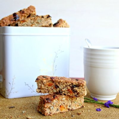 Mango Date Brown Flour Muesli Rusks