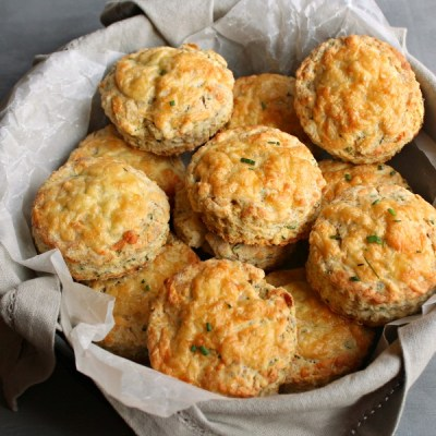Savoury Cheese & Chive Scones