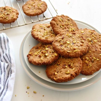 One Bowl Pistachio Ginger Snaps