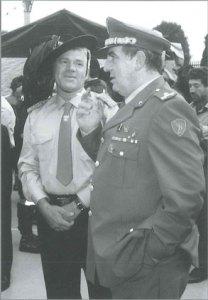 Cap. Giulietto Nava con Gen. Francesco Li Pira