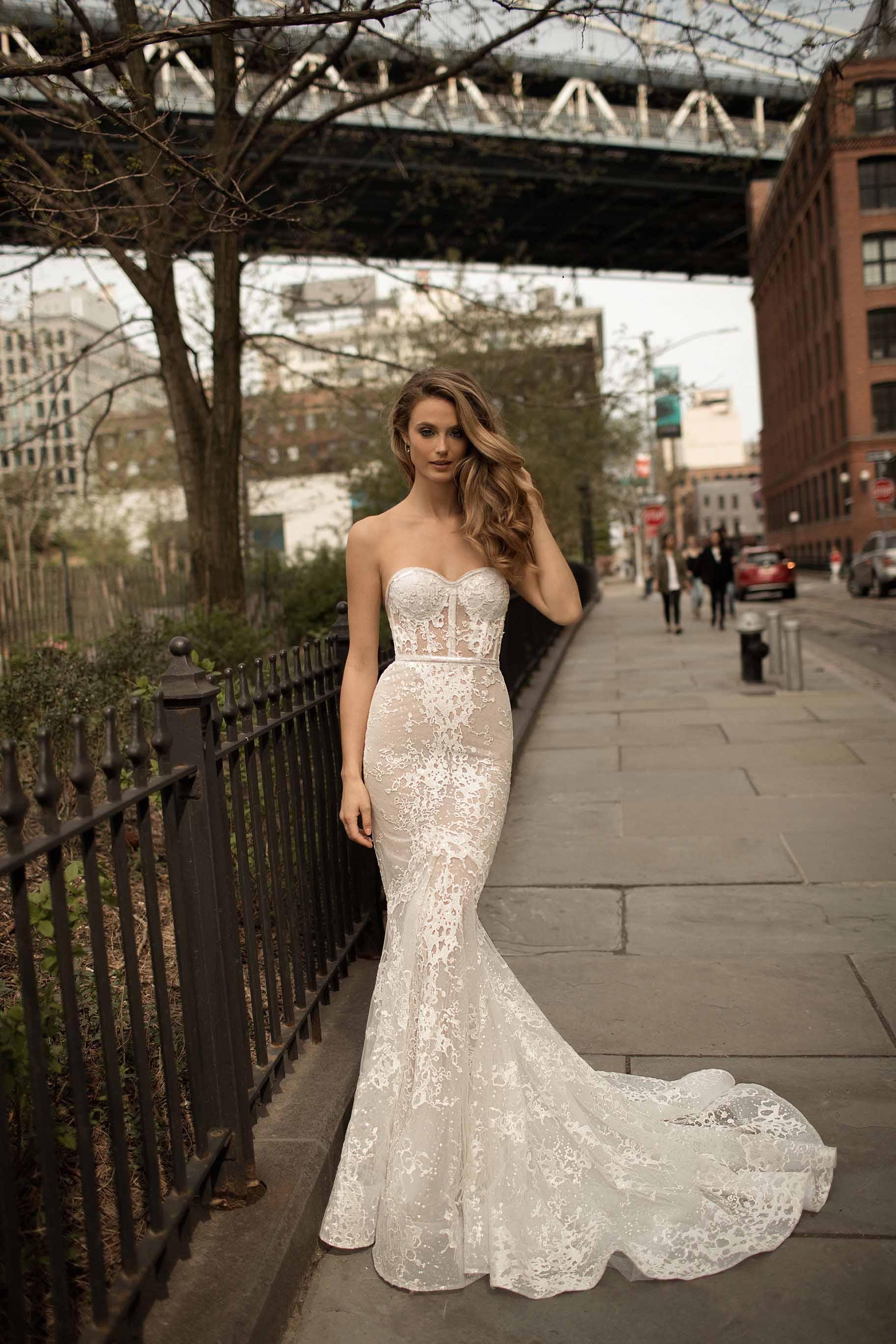 berta spring 2018 bridal strapless sweetheart neckline full embellsihement elegant sexy drop waist a  line wedding dress medium train (8) mv