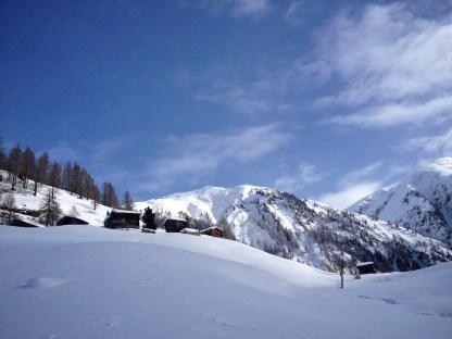 Cette vallée est réputée pour être l'une des plus enneigées de Suisse