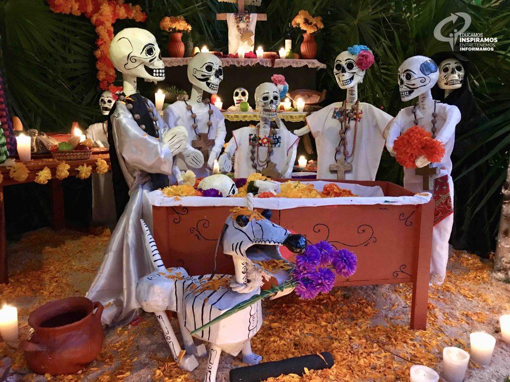 Dia De Muertos Y El Tradicional Festival De Vida Y Muerte De Xcaret
