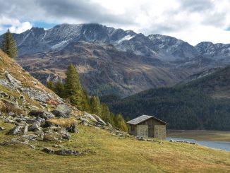 cabane montagne, bivouac, gratuit