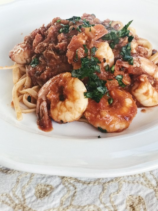 how to make the best spicy shrimp and crab pasta fradiavolo