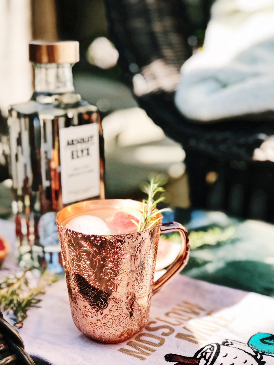 How to make a rosemary and grapefruit moscow mule