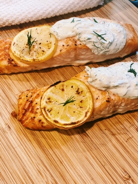 baked salmon recipe with creamy horseradish sauce