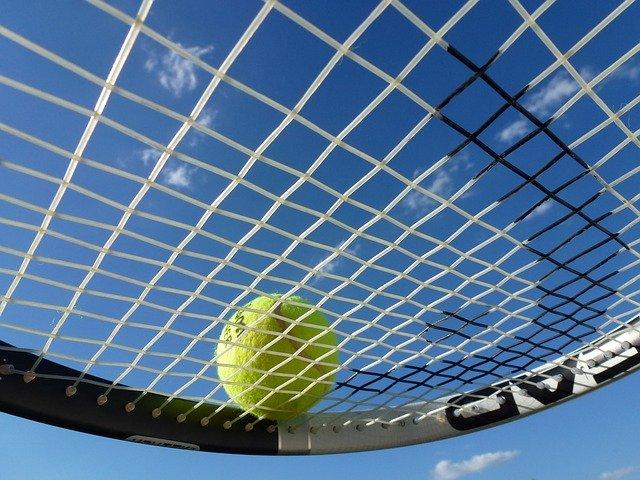 Tennissaiten und Preise