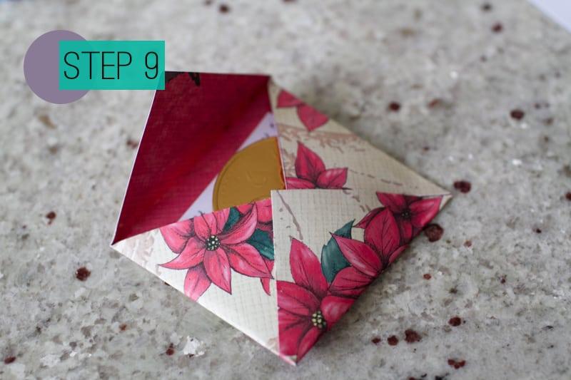 DIY How To Make A Christmas Advent Calendar with Envelopes-11