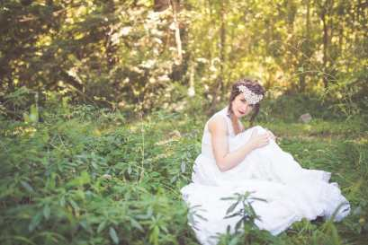 Noonan_NA_Chelsea_Dawn_Photography__Makeup_Artistry_MonicaWhimsicalBridalSessionVancouverIslandChelseaDawnPhotography30_low