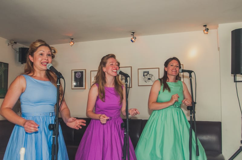 A Non DIY Wedding with Personalised Touches and a caricature Artsit