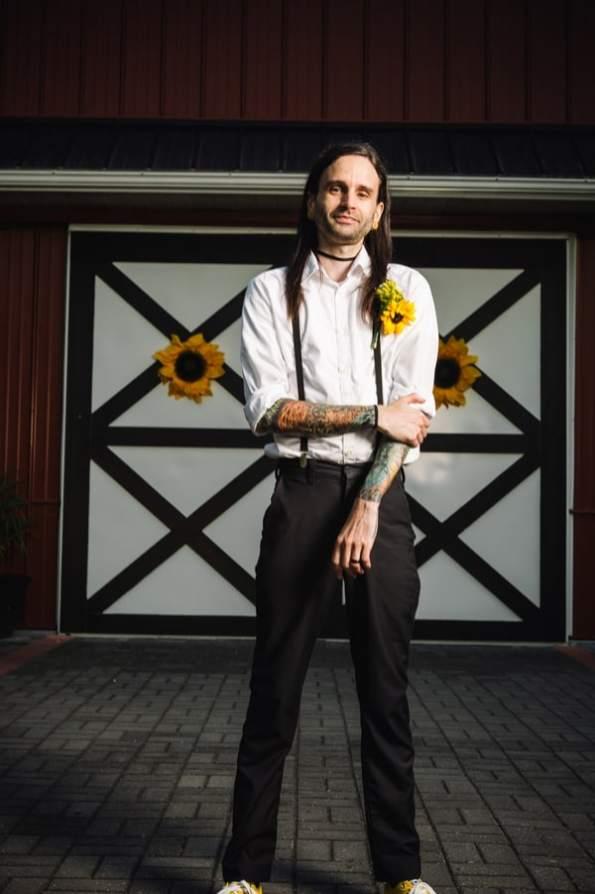 A DIY Rustic Sunflower Wedding (23)