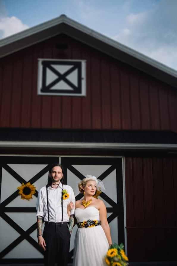 A DIY Rustic Sunflower Wedding (24)