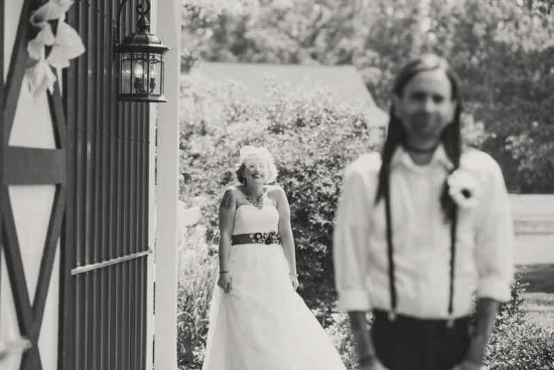 A DIY Rustic Sunflower Wedding (6)