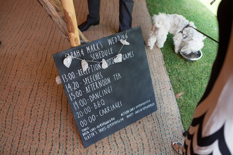A Handmade & Laid-back Backyard Wedding in a Tipi (14)