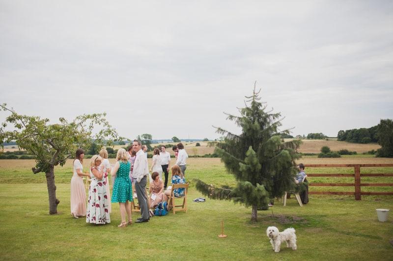 A Handmade & Laid-back Backyard Wedding in a Tipi (39)