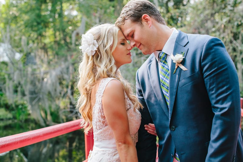 A Carefree & Romantic Rustic Wedding (25)