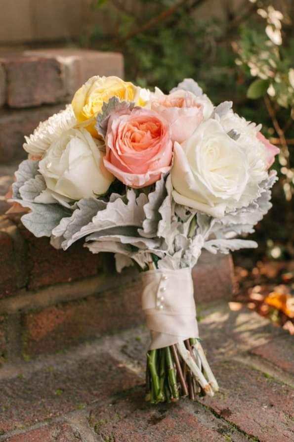 A Carefree & Romantic Rustic Wedding (4)