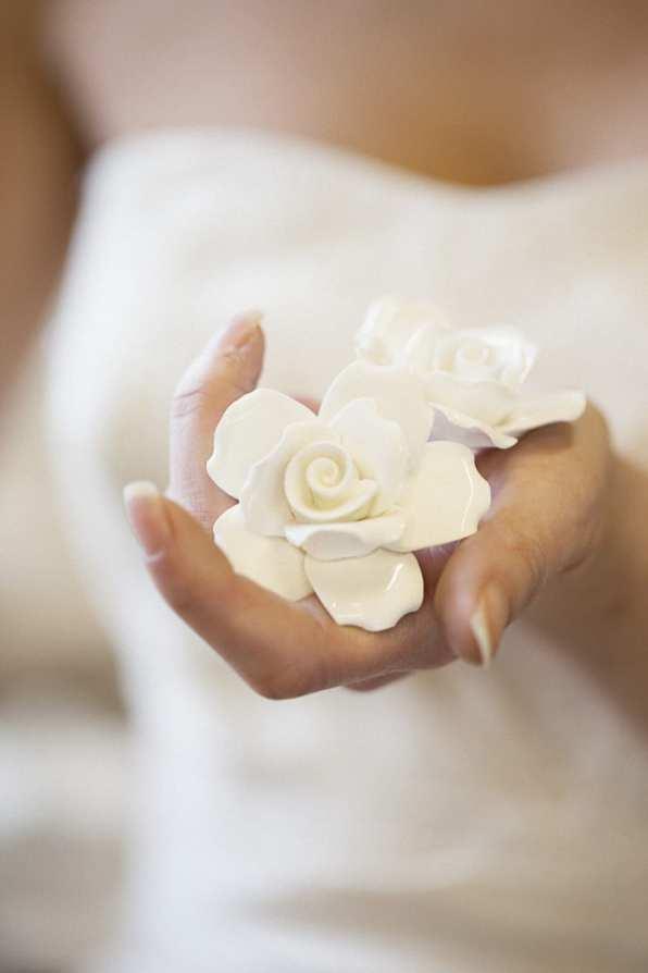 Vintage Weding Inspiration China Roses Styling Flowers-9