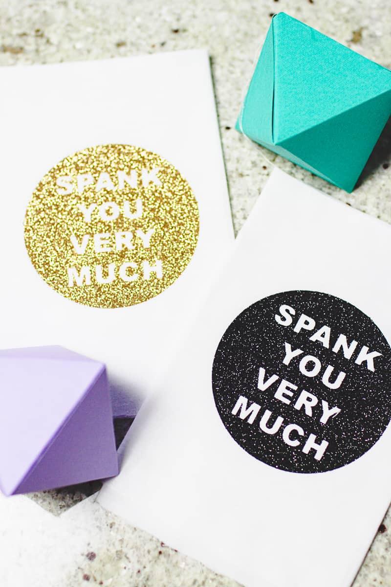 DIY Cricut Glitter Thank you Napkin Favours Place Setting-4