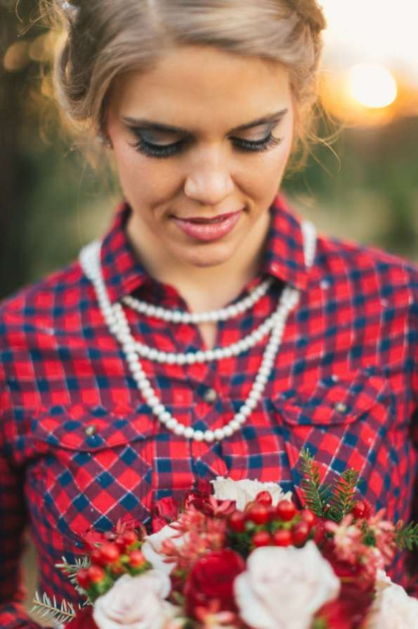 Festive Wedding Inspiration on a Christmas Tree Farm 14