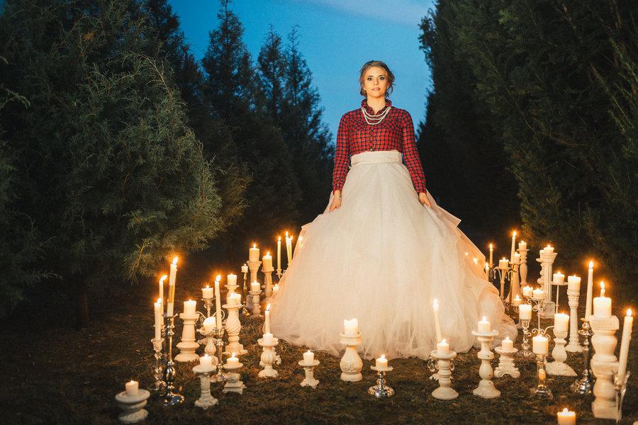 Festive Wedding Inspiration on a Christmas Tree Farm 30