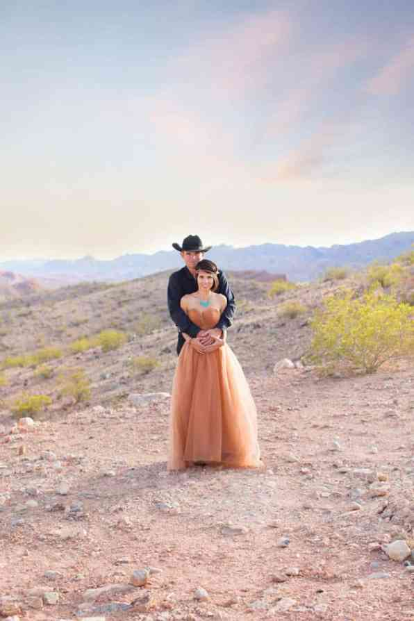 COUNTRY & WESTERN COWBOY & INDIAN ELOPEMENT (26)