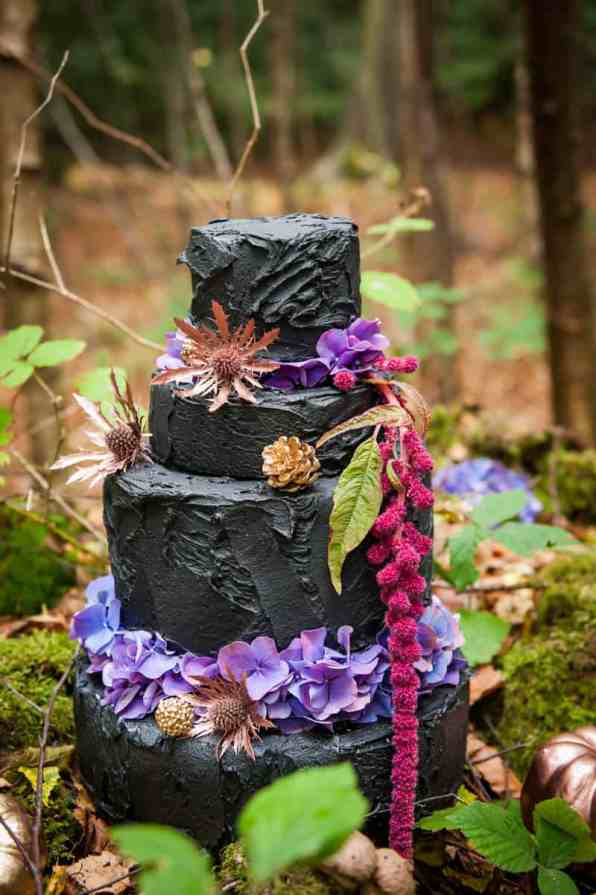 ENCHANTING FAIRYTALE FOREST WEDDING INSPIRATION (1)