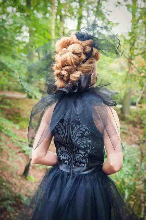 ENCHANTING FAIRYTALE FOREST WEDDING INSPIRATION (20)