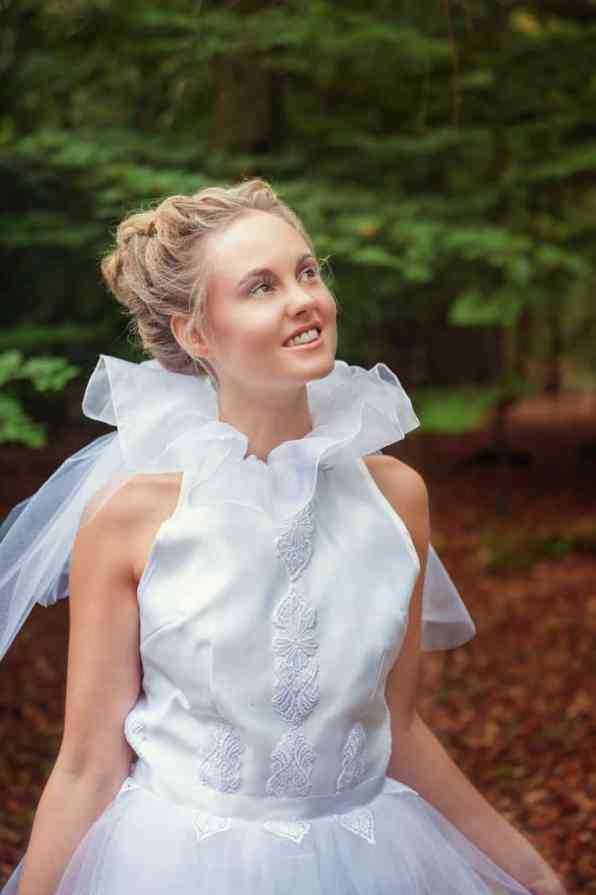 ENCHANTING FAIRYTALE FOREST WEDDING INSPIRATION (6)