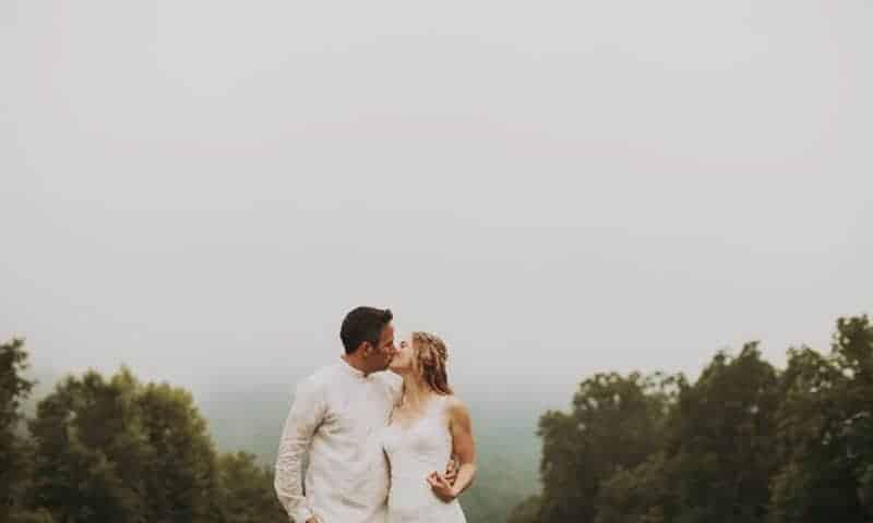 A BRIGHT & BEAUTIFUL TECHNICOLOUR WEDDING IN THE RAIN! (28)