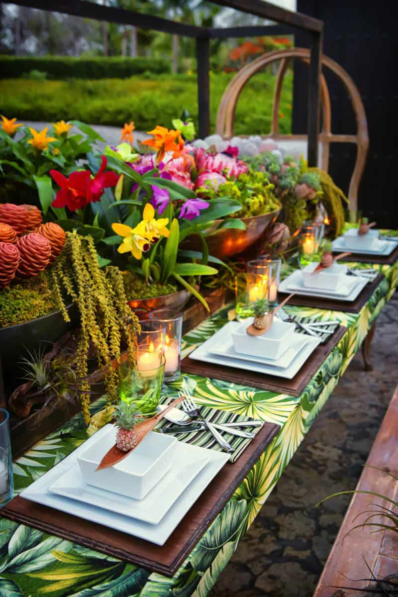 How to create a caribbean tablescape at your wedding, tropical wedding decor ideas 1.