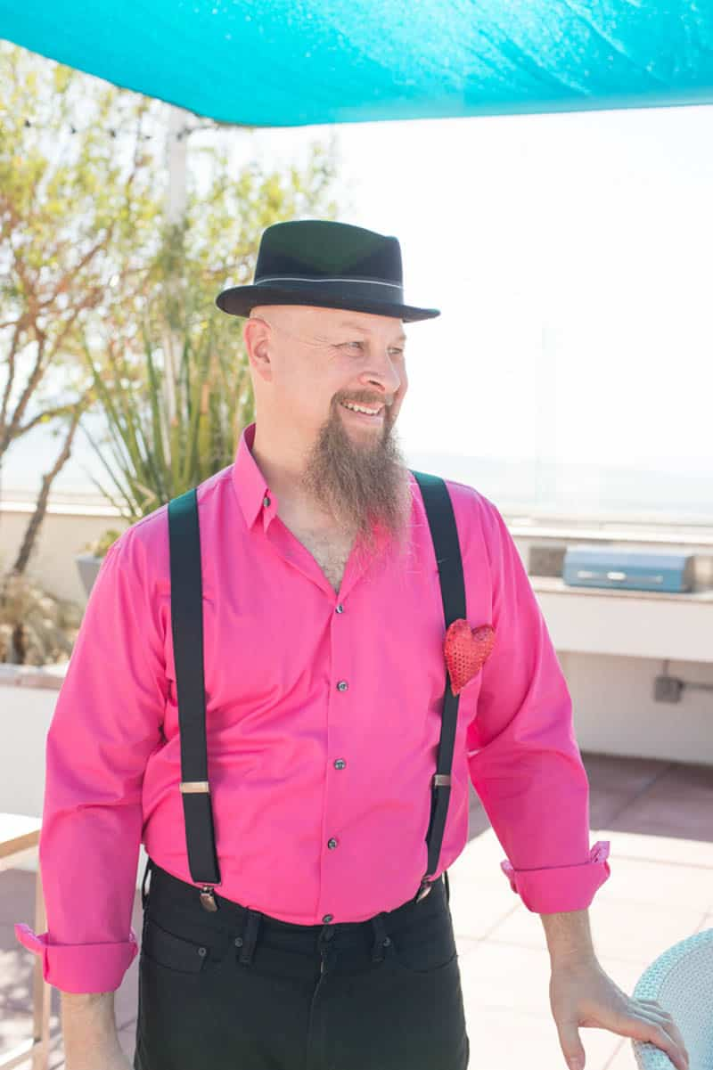 PINK TO MAKE THE BOYS WINK! AN ECLECTIC LAS VEGAS ELOPEMENT (2)