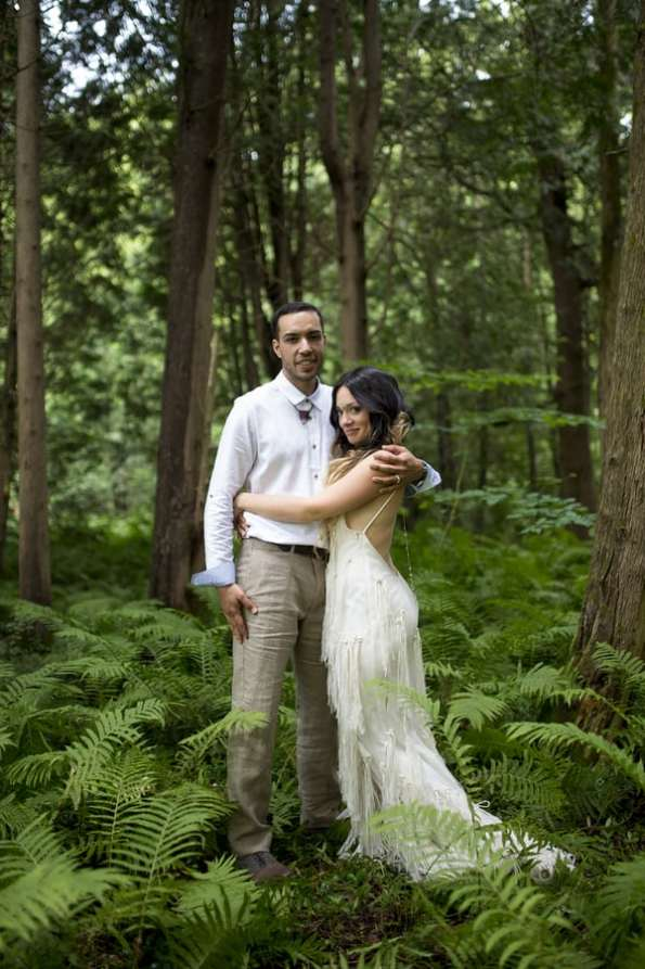 THIS FREE SPIRITED TRAVEL BLOGGER'S BOHEMIAN FOREST WEDDING IS A DREAM COME TRUE! (26)
