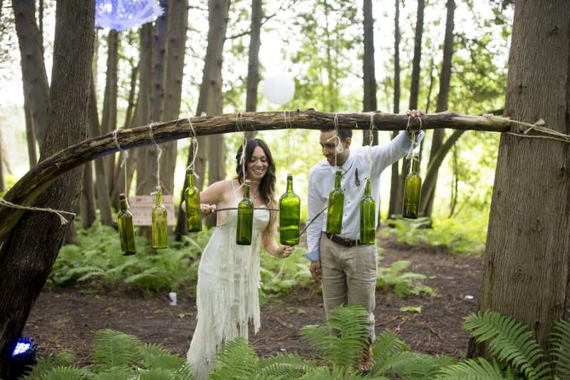 THIS FREE SPIRITED TRAVEL BLOGGER'S BOHEMIAN FOREST WEDDING IS A DREAM COME TRUE! (32)
