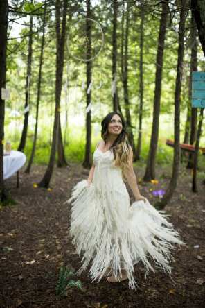THIS FREE SPIRITED TRAVEL BLOGGER'S BOHEMIAN FOREST WEDDING IS A DREAM COME TRUE! (6)