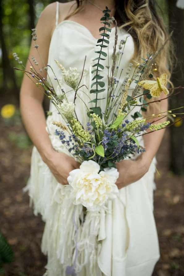 THIS FREE SPIRITED TRAVEL BLOGGER'S BOHEMIAN FOREST WEDDING IS A DREAM COME TRUE! (8)