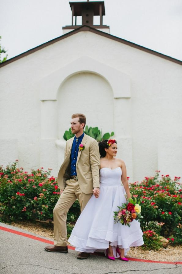 Ruffled - photo by Amber Vickery http://ruffledblog.com/mid-century-mexican-wedding-at-the-belmont-dallas