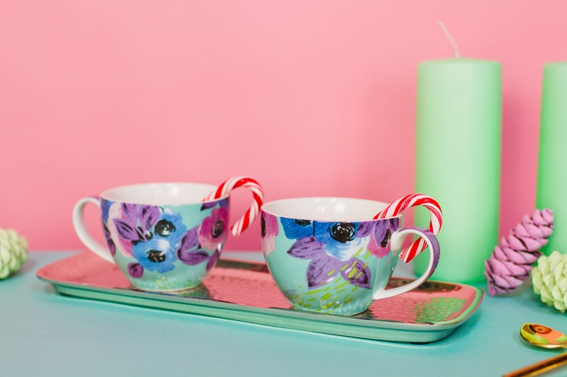 Hot chocolate bar oliver bonas pastel themed decoration christmas xmas styling mint pink blue pine cones mugs festive pretty modern DIY how to-2