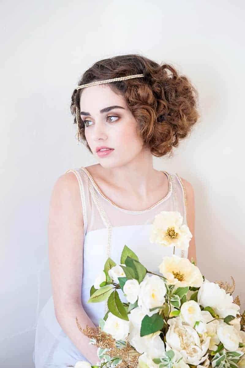 VAUDEVILLE VALENTINE Wedding inspiration Art Deco 1920s theme broadway bright lights and feathers_-18