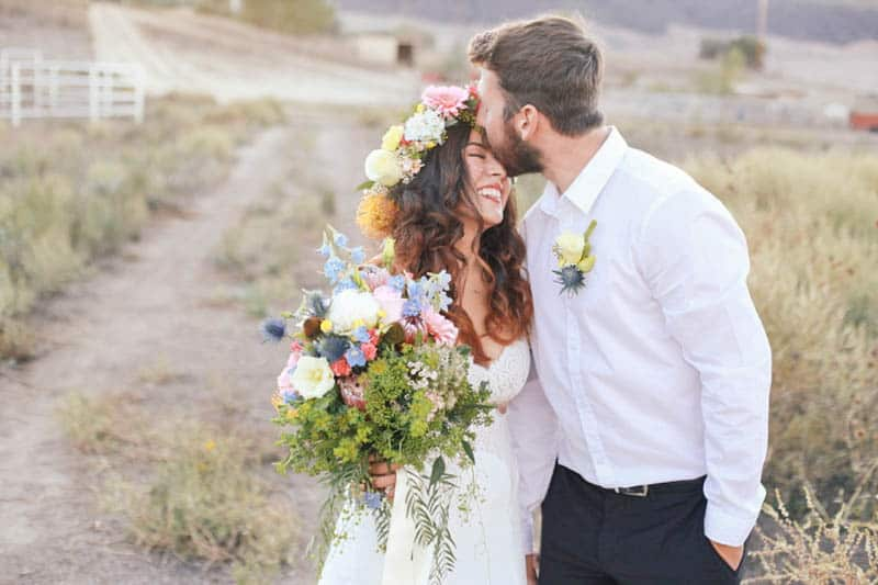 WHY ELOPING IS BETTER THAN A WEDDING - STYLED INTIMATE BOHEMIAN ELOPEMENT (23)