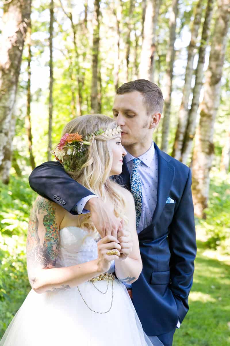 A WHIMSICAL OUTDOOR WEDDING IN PORTLAND FEATUIRNG CATS COLOURS & POLKA DOTS (3)