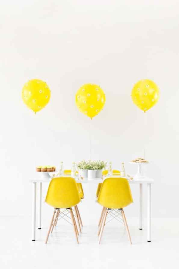 Balloon-Time-Daisy-Party-1-600x900